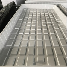 China Customized White Black 2x4 4x4 4x8 Plastic Hydroponic Grow Trays Supplier factory